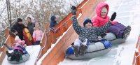 Не хватило снега. Жители поселка в Сургутском районе жалуются на отсутствие бесплатных ледяных горок