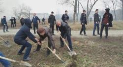 В мэрии Сургута обещают поднять настроение участникам субботников